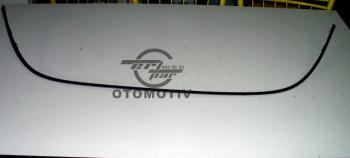 Opel Astra J Ön Izgara Bıyıkı