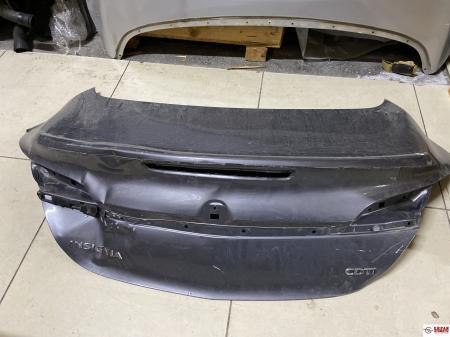 Opel İnsignia Bagaj Kapağı Makyajlı
